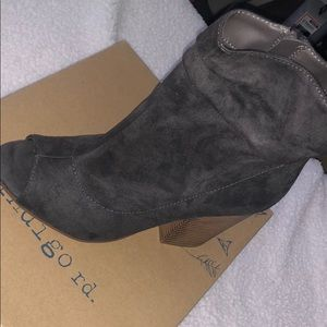 Mid top open toe ankle booties